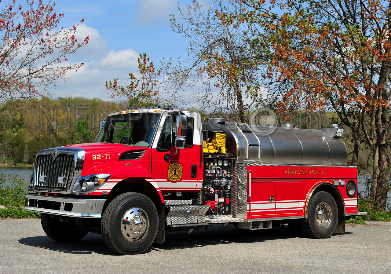 ANDOVER TWP, NJ TANKER 32-71