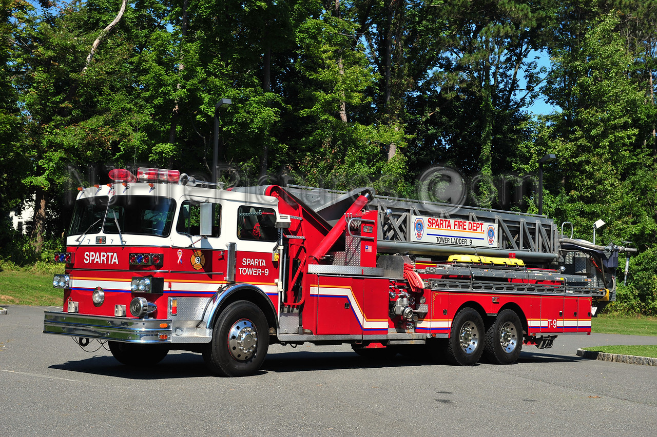 SPARTA, NJ TOWER LADDER 9
