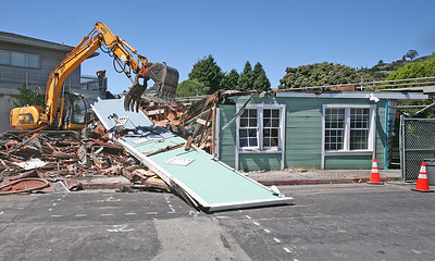 NEW MORNING CAFE DEMOLITION . 0260