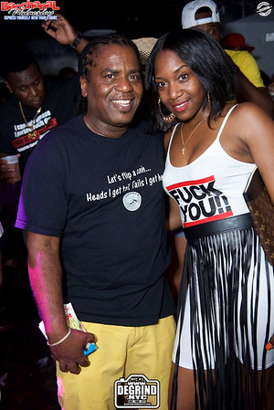 BACCHANAL WEDNESDAY EXPRESS YOURSELF WITH YOUR T-SHIRT