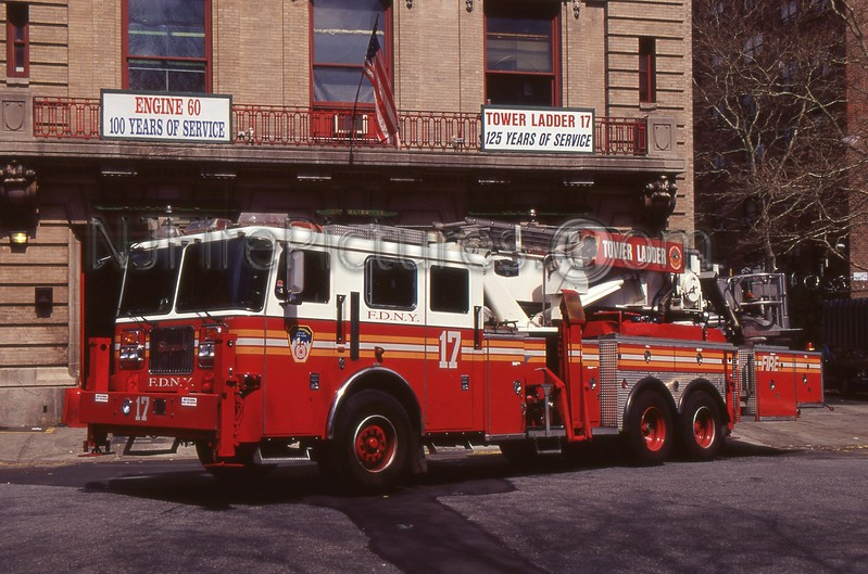 BRONX NY TOWER LADDER 17
