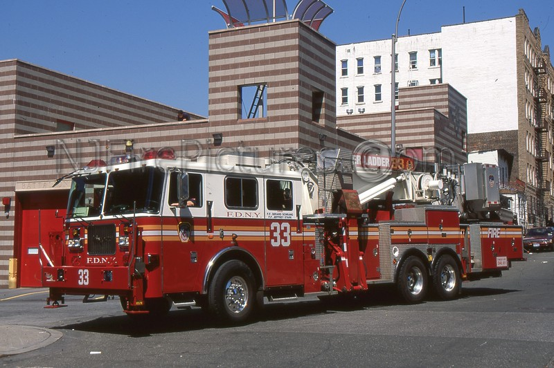 BRONX NY TOWER LADDER 33