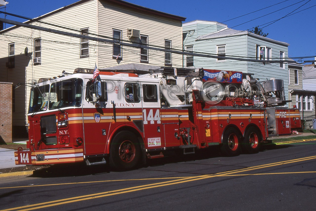 QUEENS NY TOWER LADDER 144