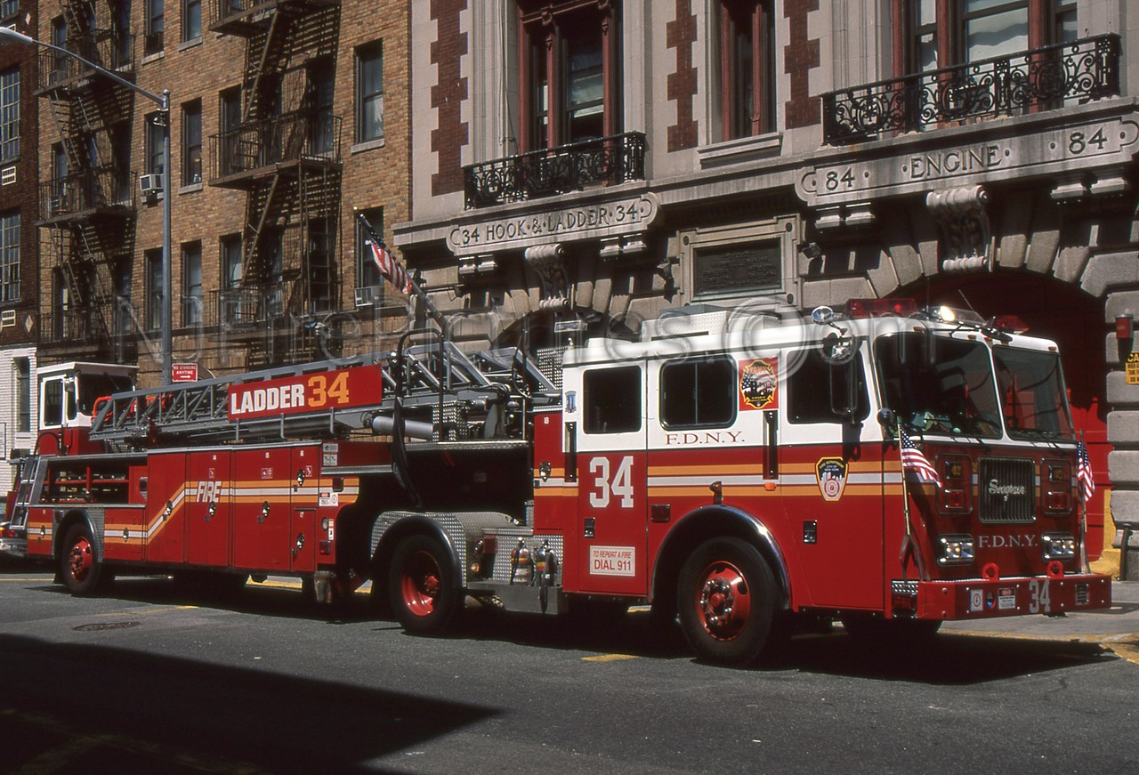 MANHATTAN NY LADDER 34