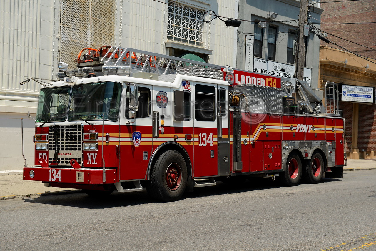 QUEENS, NY LADDER 134