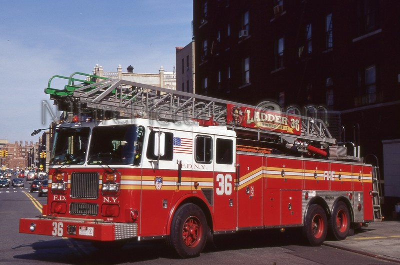 MANHATTAN NY LADDER 36