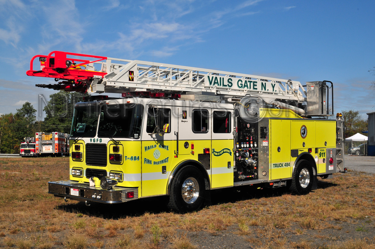 VAILS GATE, NY TRUCK 484