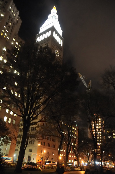 MADISON SQUARE PARK AT NIGHT - December 3, 2007