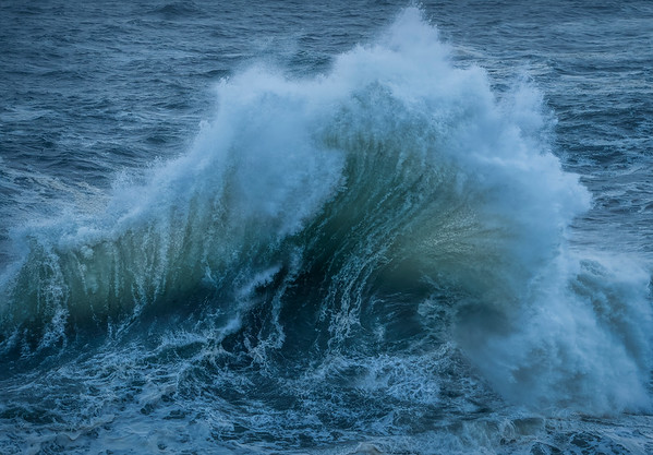 Fanned Wave