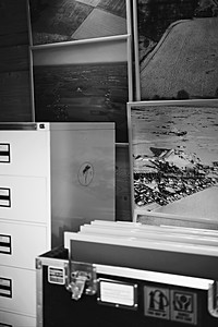 The physical archival material – which in addition to pictures also consists of writings, maps, notes, research papers, etc. – was donated during March 2021 by The IK Foundation to The Swedish National Archives (Riksarkivet).