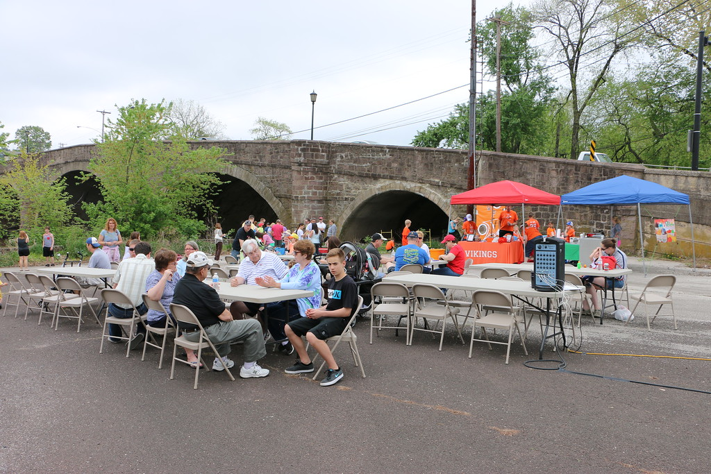 . On Sat., May 9, 2015, Collegeville residents and their families gathered at the Perkiomen Bridge Hotel to cheer on their rubber ducks as they raced down the Perkiomen Creek. Photos for The Times Herald by Alexis Primavera.