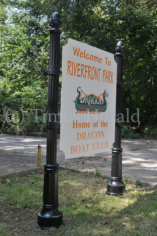 . The new Riverfront Park sign featuring the Dragon Boat Club.  Saturday, Septemebr 21, 2013.  Photo by Adrianna Hoff/Times Herald Staff.