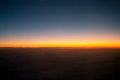 Západ slunce nad mraky