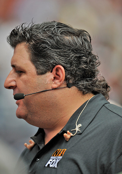 10 Oct 2010:  <br /> Tony Siragusa with FOX NFL prepares for the start of the game between the New York Giants and the Houston Texans at Reliant Stadium in Houston Texas.<br /> Giants win 34-10