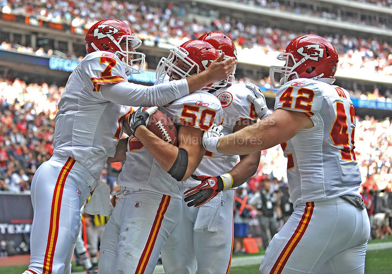 17 Oct 2010:  <br /> Kansas City Chiefs linebacker Mike Vrabel #50 catches a pass for a touchdown and celebrates with teammates in a game between the Kansas City Chiefs and the Houston Texans at Reliant Stadium in Houston, Texas.<br /> Houston wins 35-31