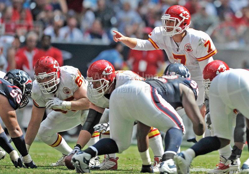 Oct 17 2010:  <br /> Kansas City Chiefs quarterback Matt Cassel #7 in action in a game between Kansas City Chiefs and the Houston Texans at Reliant Stadium in Houston, Texas.<br /> Houston wins 35-31<br /> (Credit Image: © Manny Flores/Cal Sport Media)