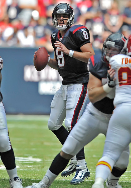 Oct 17 2010:  <br /> Houston Texans quarterback Matt Schaub #8 rolls out<br /> in a game between Kansas City Chiefs and the Houston Texans at Reliant Stadium in Houston, Texas.<br /> Houston wins 35-31<br /> (Credit Image: © Manny Flores/Cal Sport Media)