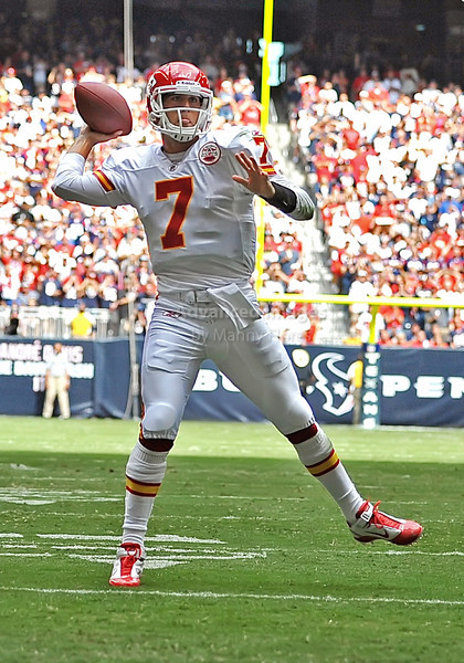 17 Oct 2010:  <br /> Kansas City Chiefs quarterback Matt Cassel #7 passes the ball for a touchdown in a game between the Kansas City Chiefs and the Houston Texans at Reliant Stadium in Houston, Texas.<br /> Houston wins 35-31