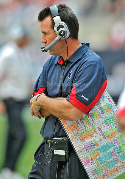 Oct 17 2010:  <br /> Houston Texans head coach Gary Kubiak in action<br /> in a game between Kansas City Chiefs and the Houston Texans at Reliant Stadium in Houston, Texas.<br /> Houston wins 35-31<br /> (Credit Image: © Manny Flores/Cal Sport Media)