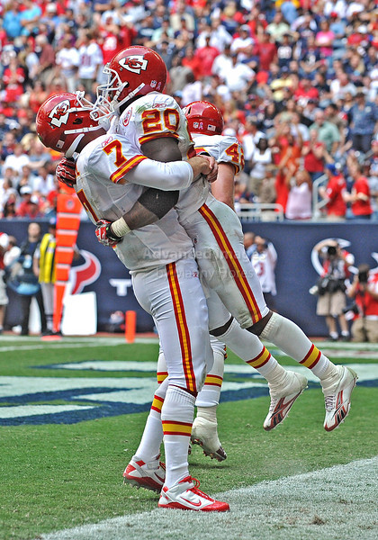 17 Oct 2010:  <br /> Kansas City Chiefs quarterback Matt Cassel #7 celebrates with teammate Kansas City Chiefs running back Thomas Jones #20 as he gets a rushing touchdown in a game between the Kansas City Chiefs and the Houston Texans at Reliant Stadium in Houston, Texas.<br /> Houston wins 35-31