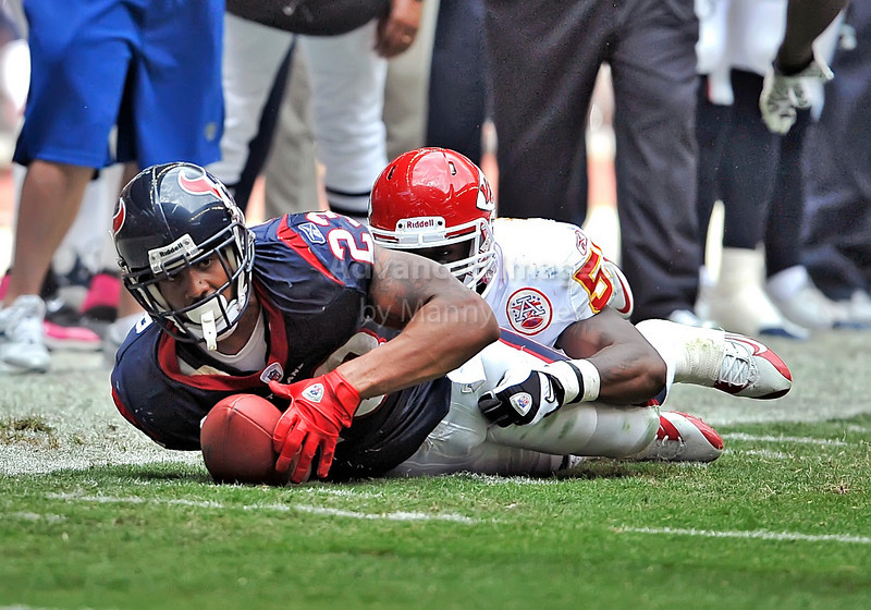 17 Oct 2010:  <br /> Houston Texans running back Arian Foster #23 carries the ball for a first down in a game between the Kansas City Chiefs and the Houston Texans at Reliant Stadium in Houston, Texas.<br /> Houston wins 35-31
