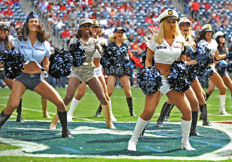 Oct 17 2010:  <br /> Houston Texans Cheerleaders perform in our military uniforms<br /> in a game between Kansas City Chiefs and the Houston Texans at Reliant Stadium in Houston, Texas.<br /> Houston wins 35-31<br /> (Credit Image: © Manny Flores/Cal Sport Media)
