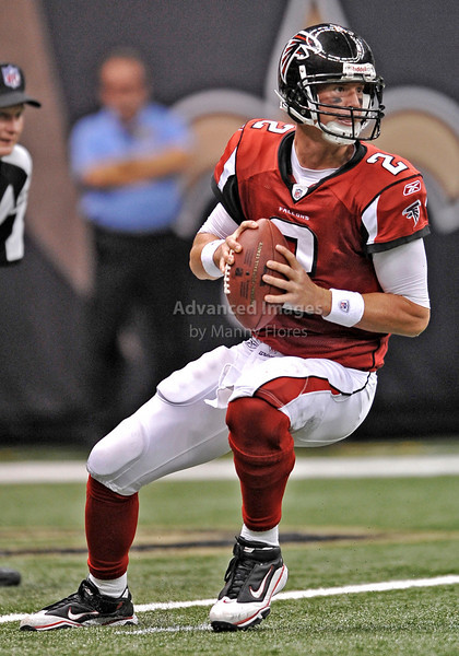Sept 26 2010:  <br /> Atlanta Falcons quarterback Matt Ryan #2 drops back to pass<br /> in a game between Atlanta Falcons vs New Orleans Saints at the Superdome in New Orleans, LA. <br /> Atlanta Falcons win in overtime 27-24<br /> (Credit Image: © Manny Flores/Cal Sport Media)