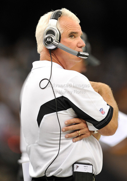 Sept 26 2010:  <br /> Atlanta Falcons head coach Mike Smith<br /> in a game between Atlanta Falcons vs New Orleans Saints at the Superdome in New Orleans, LA. <br /> Atlanta Falcons win in overtime 27-24<br /> (Credit Image: © Manny Flores/Cal Sport Media)