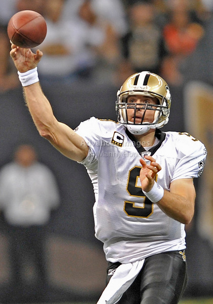 Sept 26 2010:  <br /> New Orleans Saints quarterback Drew Brees #9 passes the ball<br /> in a game between Atlanta Falcons vs New Orleans Saints at the Superdome in New Orleans, LA. <br /> Atlanta Falcons win in overtime 27-24<br /> (Credit Image: © Manny Flores/Cal Sport Media)