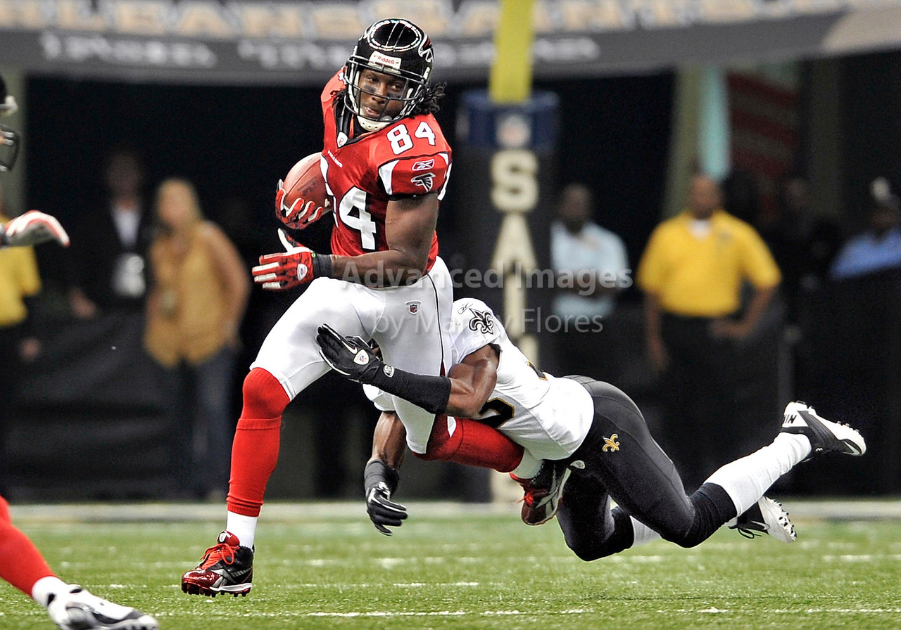 Sept 26 2010:  <br /> Atlanta Falcons wide receiver Roddy White #84 in action<br /> in a game between Atlanta Falcons vs New Orleans Saints at the Superdome in New Orleans, LA. <br /> Atlanta Falcons win in overtime 27-24<br /> (Credit Image: © Manny Flores/Cal Sport Media)