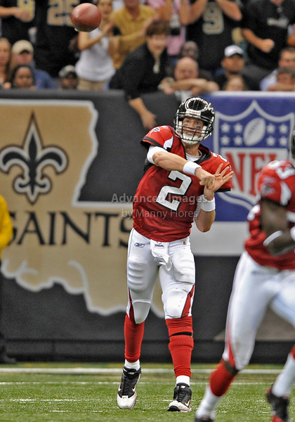 Sept 26 2010:  <br /> Atlanta Falcons quarterback Matt Ryan #2 passes the ball<br /> in a game between Atlanta Falcons vs New Orleans Saints at the Superdome in New Orleans, LA. <br /> Atlanta Falcons win in overtime 27-24<br /> (Credit Image: © Manny Flores/Cal Sport Media)