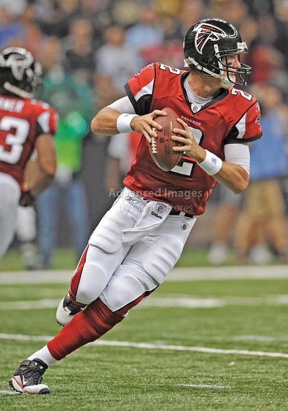 Sept 26 2010:  <br /> Atlanta Falcons quarterback Matt Ryan #2 drops back to pass<br /> in a game between Atlanta Falcons vs New Orleans Saints at the Superdome in New Orleans, LA. <br /> Atlanta Falcons win in overtime 27-24<br /> (Credit Image: © Manny Flores/Cal Sport Media)