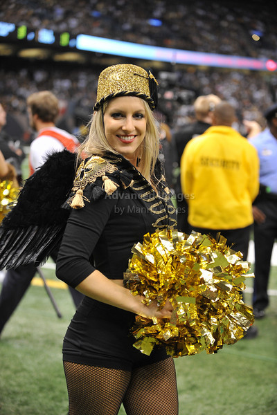 OCT 31 2010:  <br /> New Orleans Saints Cheerleaders perform in halloween costumes<br /> in a game between Pittsburgh Steelers and New Orleans Saints at the Louisiana Superdome Stadium in New Orleans, LA.<br />  Saints win 20-10<br /> (Credit Image: © Manny Flores/Cal Sport Media)