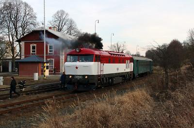 T478 1001 (90 54 3751 001-9 CZ-CD) at Budisov nad Budisovkou on 7th February 2016 working Railtour (20)