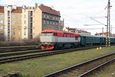 T478 1004 (90 54 3751 004-7) at Prague Vrsovice on 5th February 2016 (3)