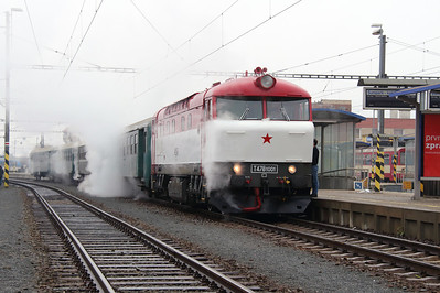 T478 1001 (90 54 3751 001-9 CZ-CD) at Sumperk on 6th February 2016 working Railtour (8)