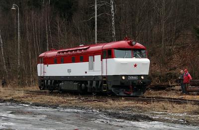 T478 1001 (90 54 3751 001-9 CZ-CD) at Mala Moravka on 7th February 2016 working Railtour (17)