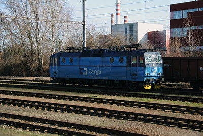363 005 at Prague Malesice on 5th February 2016 (2)