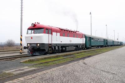 T478 1001 (90 54 3751 001-9 CZ-CD) at Senice na Hane on 6th February 2016 working Railtour