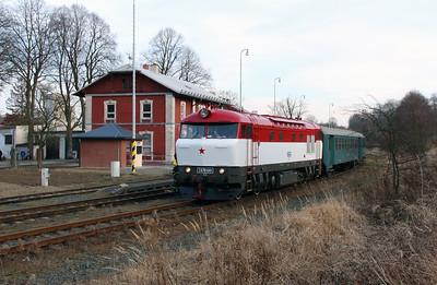 T478 1001 (90 54 3751 001-9 CZ-CD) at Budisov nad Budisovkou on 7th February 2016 working Railtour (22)