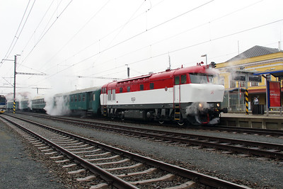 T478 1001 (90 54 3751 001-9 CZ-CD) at Sumperk on 6th February 2016 working Railtour (10)