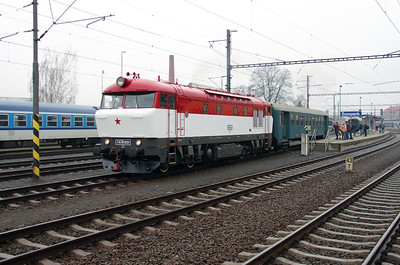 T478 1001 (90 54 3751 001-9 CZ-CD) at Sumperk on 6th February 2016 working Railtour (5)