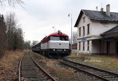 T478 1001 (90 54 3751 001-9 CZ-CD) at Mala Moravka on 7th February 2016 working Railtour (27)