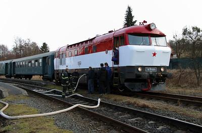 T478 1001 (90 54 3751 001-9 CZ-CD) at Budisov nad Budisovkou on 7th February 2016 working Railtour (9)