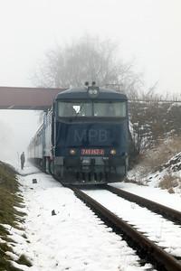 AHD, 749 262 (92 54 2749 262-2 CZ-AHD) at Chrášťany on 4th February 2017 working NFP Railtour (14)
