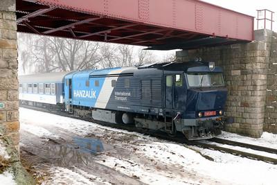 AHD, 749 262 (92 54 2749 262-2 CZ-AHD) at Chrášťany on 4th February 2017 working NFP Railtour (8)