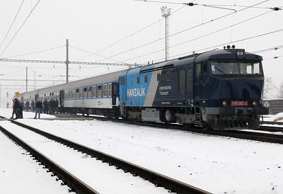 AHD, 749 262 (92 54 2749 262-2 CZ-AHD) at Zatec on 4th February 2017 working NFP Railtour (21)