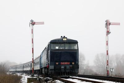AHD, 749 262 (92 54 2749 262-2 CZ-AHD) at Outside Krupa on 4th February 2017 working NFP Railtour (10)