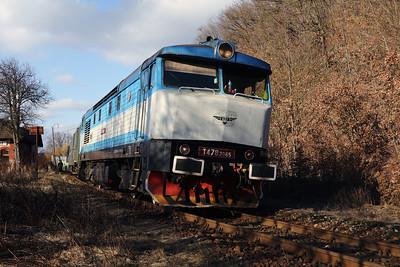 KZC, T478 2065 (90 54 3749 259-8 CZ-KZC) at Stara Kremnicka on 5th February 2018 working Grumpy Railtour (7)