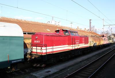 745 608 (92 56 1745 608-0 SK-ZSR) at Zvolen Nakladna Stanica on 5th February 2018 (2)